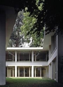 Alvaro Siza  facoltà di architettura a Porto