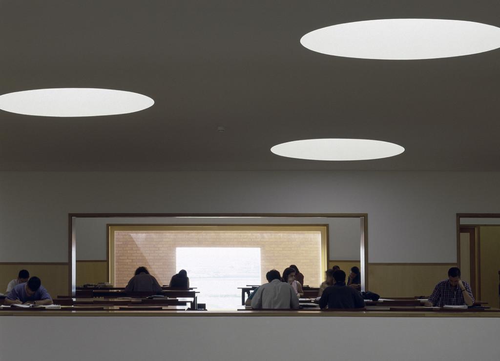Alvaro Siza   biblioteca università di Aveiro